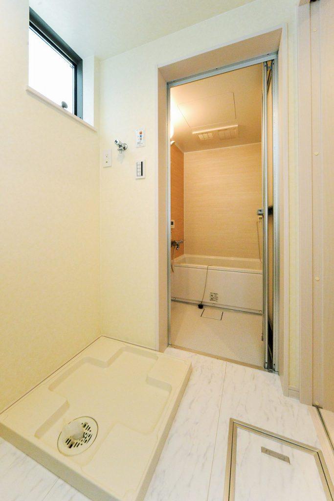 前回施工例:洗濯機置き場