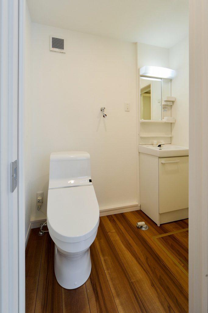 前回施工例:賃貸部分トイレ