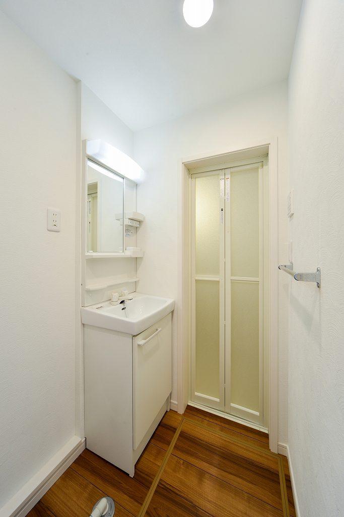 前回施工例:賃貸部分洗面台
