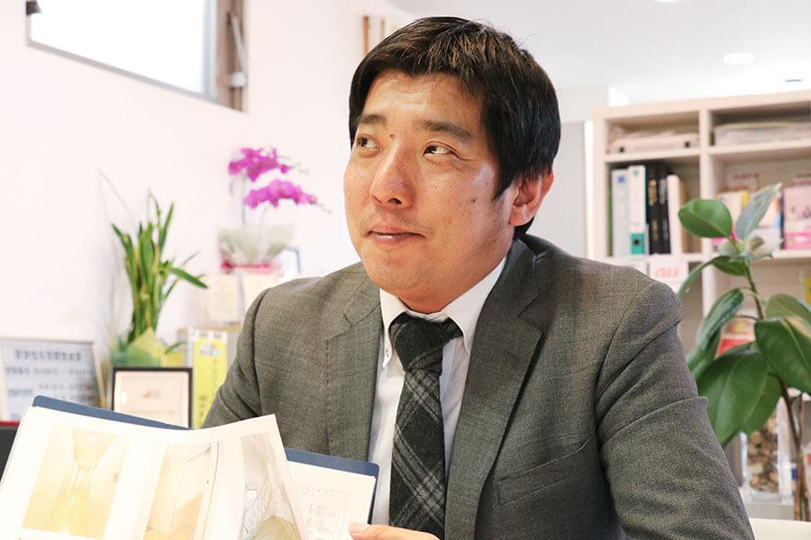 早川将司商談シーン画像
